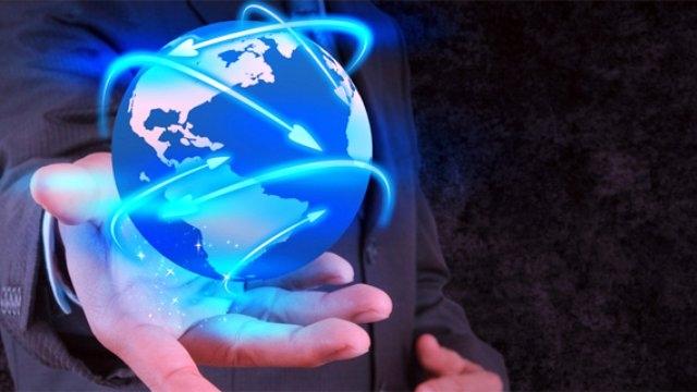 Bakan'dan Evlere Ücretsiz İnternet Müjdesi
