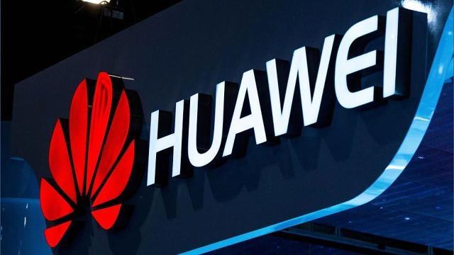 Huawei Kadınlara Özel Bir Telefon Üzerinde Çalışıyor