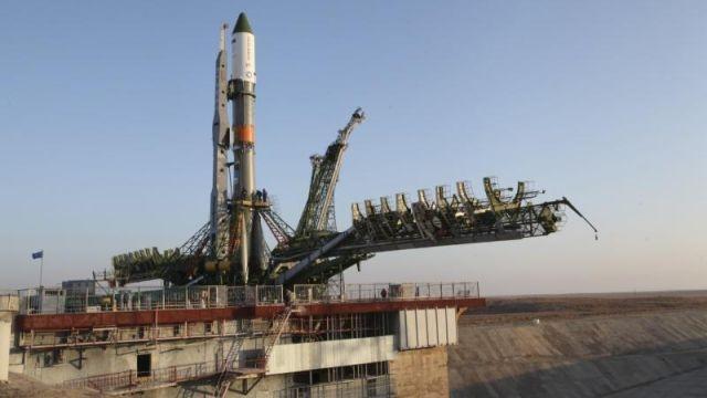 Uluslararası Uzay İstasyonu'na Giden Roket Yere Çakıldı
