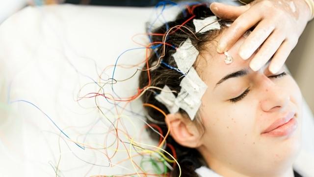 İmplantsız Uyarım Tekniğiyle Beyin Rahatsızlıkları Tedavi Edilecek