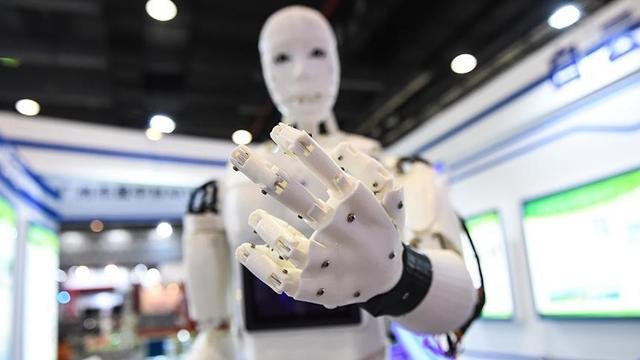 Hasta ve Yaşlıların Bakımını İnsansı Robotlar Yapacak