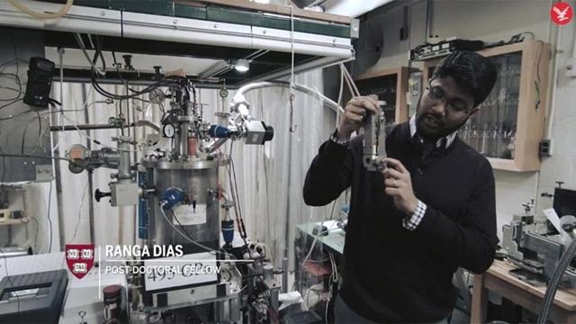 Bilim Dünyasının 80 Yıllık Hayali Gerçek mi Oluyor ?