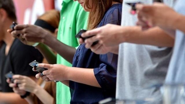 Akıllı Telefondan Ayrı Kalma Kaygısı Ciddi Bir Sorun Haline Geldi