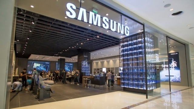 Dünyanın İlk Samsung Deneyim Mağazası İstanbul'da Açıldı