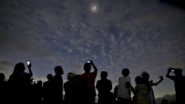 NASA, Tam Güneş Tutulmasını İzleyecekleri Uyardı
