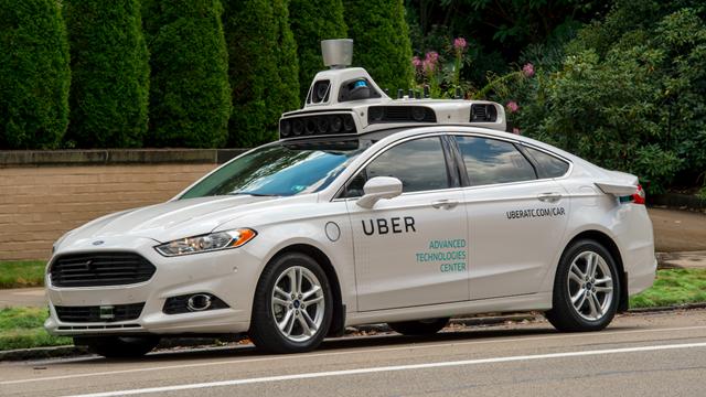 Uber Sürücüsüz Arabalar San Francisco Sokaklarına Sürücülü Olarak Dönüyor