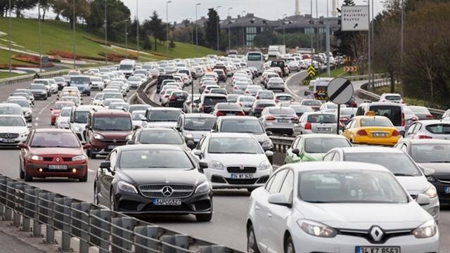 Yerli ve İthal Otomobil Satışlarında Dengeler Değişiyor