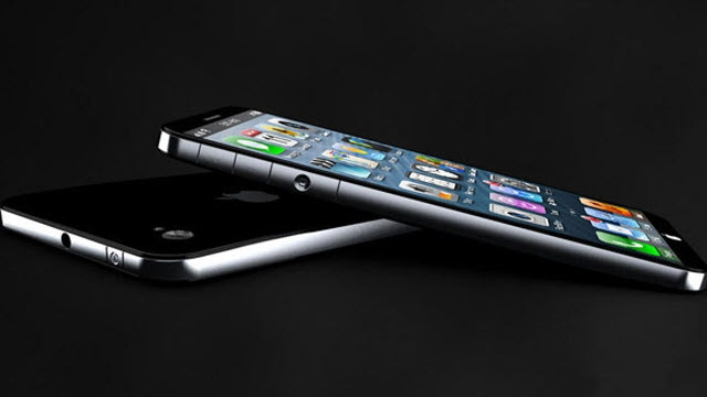 Apple iPhone 6'yı Test Ediyor