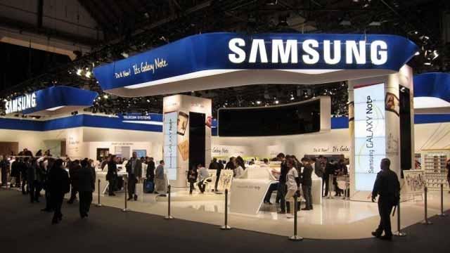 Samsung Galaxy S4'te AMOLED Ekran Olmayacak mı?