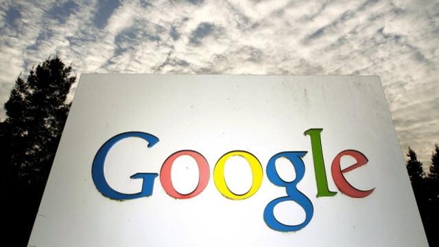 Google ve Facebook Arasındaki Reklam Yarışı Devam Ediyor