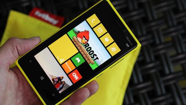 Nokia, Samsung'dan Korktuğu İçin Windows Phone 8 Kullanmış