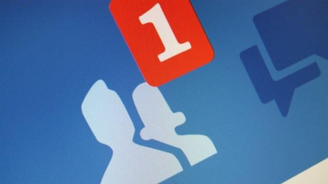 Resmi Windows 8 Facebook Uygulaması Hazırlanıyor