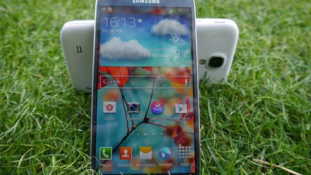 Samsung Galaxy S4 Sorunları Güncellemeyle Çözülecek mi?