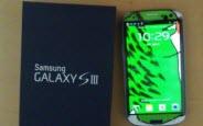 Samsung Kanadalı Hayranına Özel Yapım Galaxy S3 Gönderdi
