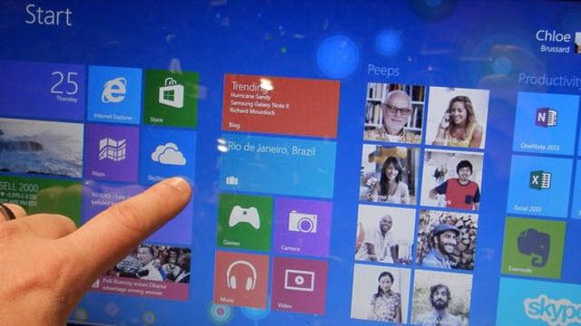 Samsung Windows 8'e Karşı Saldırısına Devam Ediyor