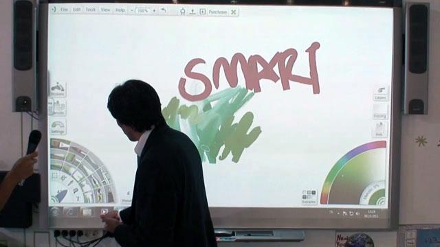 SMART Akıllı Tahta'da Resim Yapın Dünyayı Dolaşın - CeBIT 2011