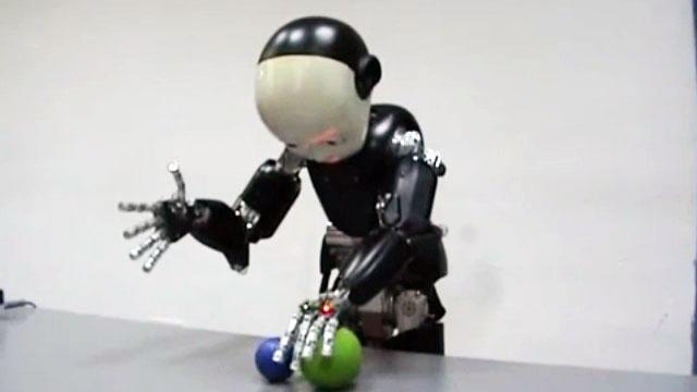 Oyun Oynayan Akıllı Robotlar