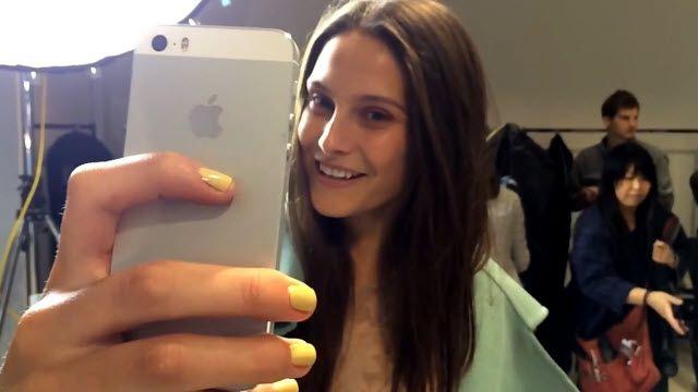 iPhone 5S Podyumlara İndi