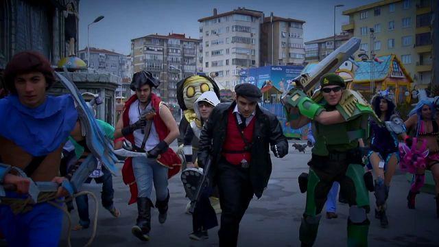 League of Legends - Kış Mevsimi Finali Cosplayleri