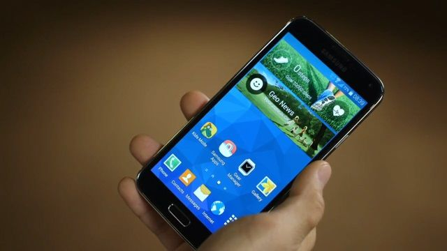 Samsung Galaxy S5'e İlk Bakış
