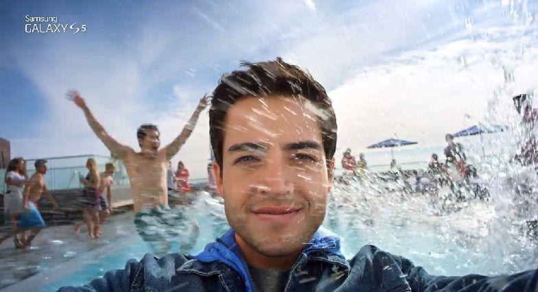 Samsung Galaxy S5 Resmi TV Reklamı: Kamera ve Su Geçirmezlik