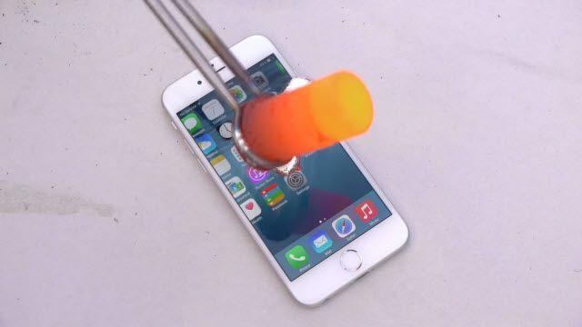 iPhone 6'ya Erimiş Alüminyum Dökerseniz Ne Olur?