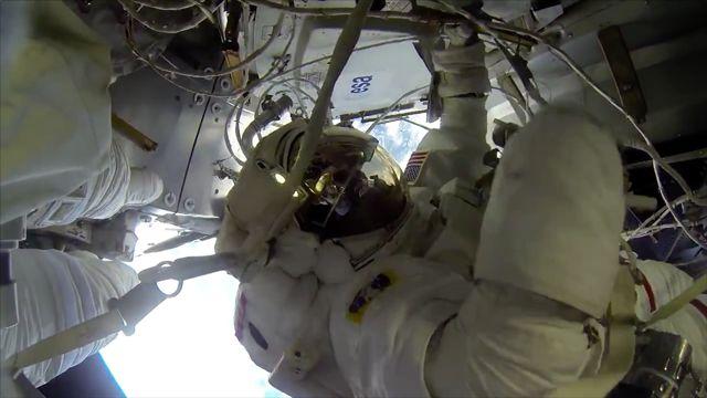 Uzayda Yürüyüşe Çıkmak Nasıl Bir Duygu?