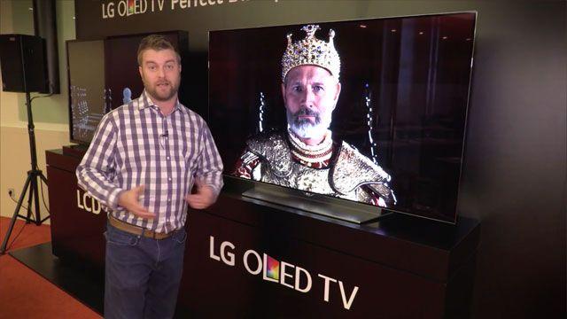 LG İlk Düz Ekran OLED TV'yi Tanıttı