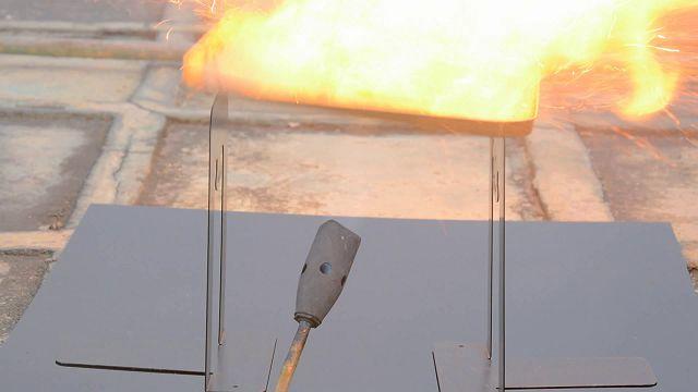 6000mAh'lik Bataryalı Telefon Oukitel K6000, Batarya Ateş Testinde