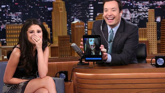 Selena Gomez Kendi Şarkısına Dubsmash Yaptı