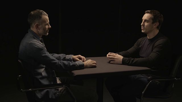 Gary Neville ve Ryan Giggs'in FIFA Ultimate Team Efsaneler 11'i
