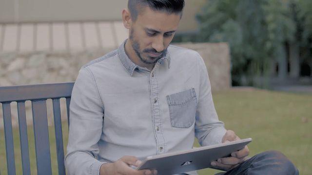 Etkileyici Fotoğraflar Paylaşan Ravi Vora, Microsoft Surface Pro 4 Reklamında