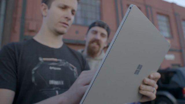 Surface Book'u Görsel Storyboard Cihazı Olarak Kullanmak Mümkün