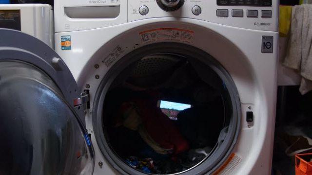 Galaxy S7'nizi Cebinizde Unutup Çamaşır Makinasına Atarsanız Ne Olur?