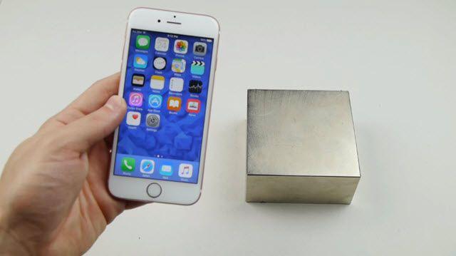 iPhone 6S'in Dev Mıknatıs ile İmtihanı (Mutlu Sonlu)