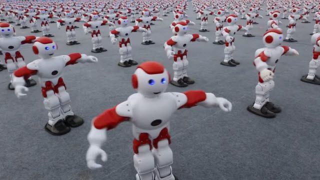 1007 Robot Aynı Anda Dans Ederek Dünya Rekoru Kırdı