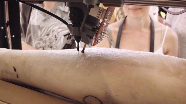 Dövme Yaptırmak İçin Bu Robotu Tercih Eder Miydiniz?
