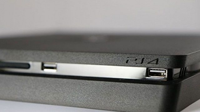 PS4 Slim'i Un Ufak Ettiler