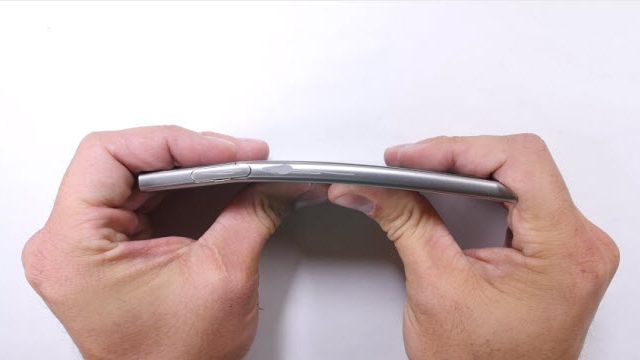 Sony Xperia XZ Çizilme, Bükülme ve Yanma Testi