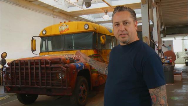 Lollipop Chainsaw'un Çekildiği Otobüs