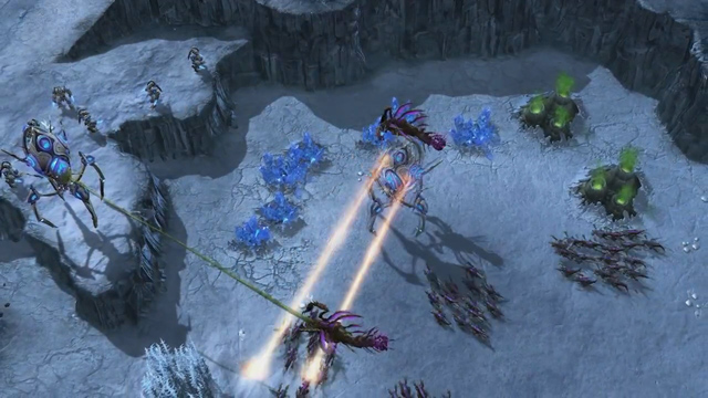 StarCraft II - Heart of the Swarm Fragmanı