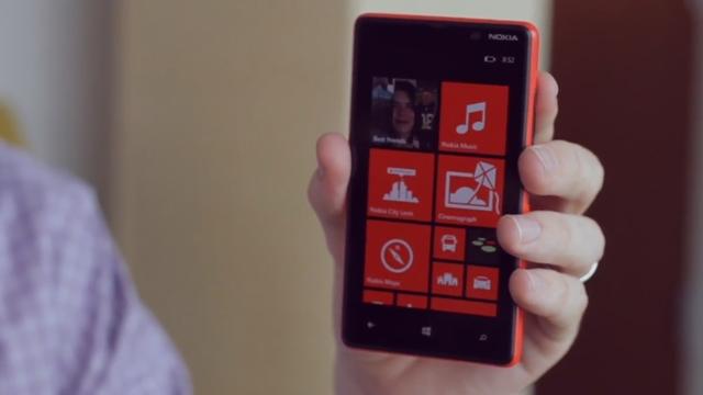 Nokia Lumia 820 Tanıtım Videosu