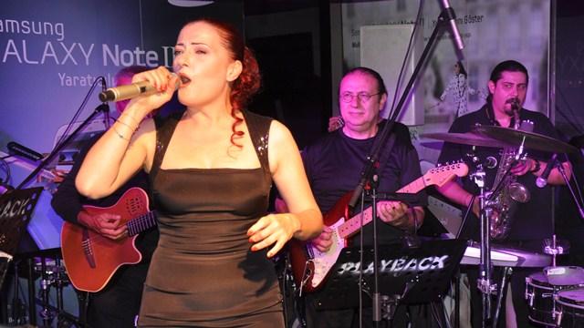 Samsung Galaxy Note 2 Türkiye Lansmanı - Candan Erçetin Konseri