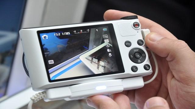 Samsung Smart Fotoğraf Makinelerini İnceledik
