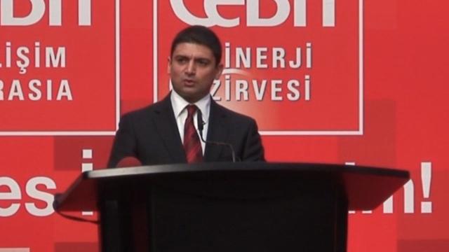 Kuzey Kıbrıs Türk Cumhuriyeti Ekonomi ve Enerji Bakanı Sunat Atun Bilişim Üzerine Konuşma Yaptı- CeBIT Bilişim Eurasia