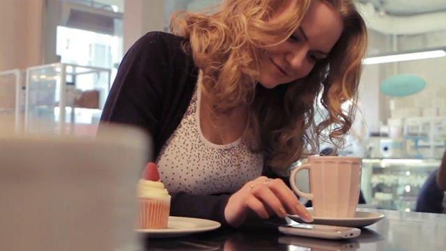 Nokia Asha ve Ben - Tanıtım Videosu