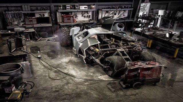 Batman'in Arabası Yarışlara Hazırlanıyor