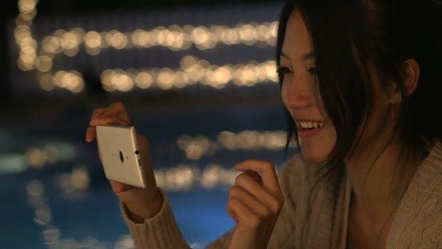 Nokia Lumia 925 Reklamı: Düşük Işıkta Fotoğraf Çekimi