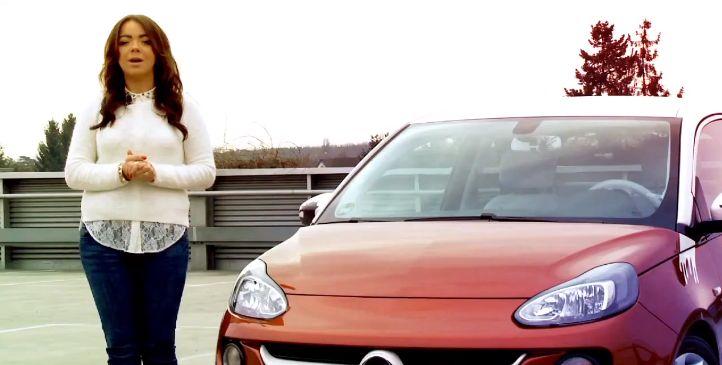 Siri'yi Destekleyen İlk Otomobil Satışta