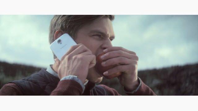 Samsung İzlanda'dan En Tuhaf iPhone Karşıtı Reklam